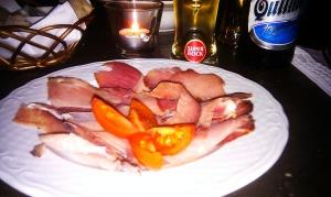 Argentinarnas version av chorizo-förrätt: inte korv över huvud taget. Men förbaskat mumsigt.